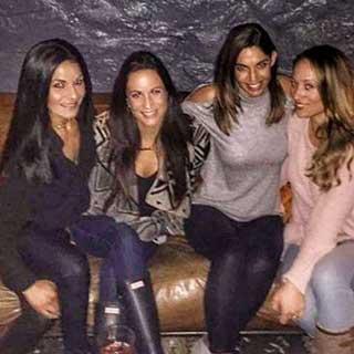 girls-night-out-slow-burn-lounge